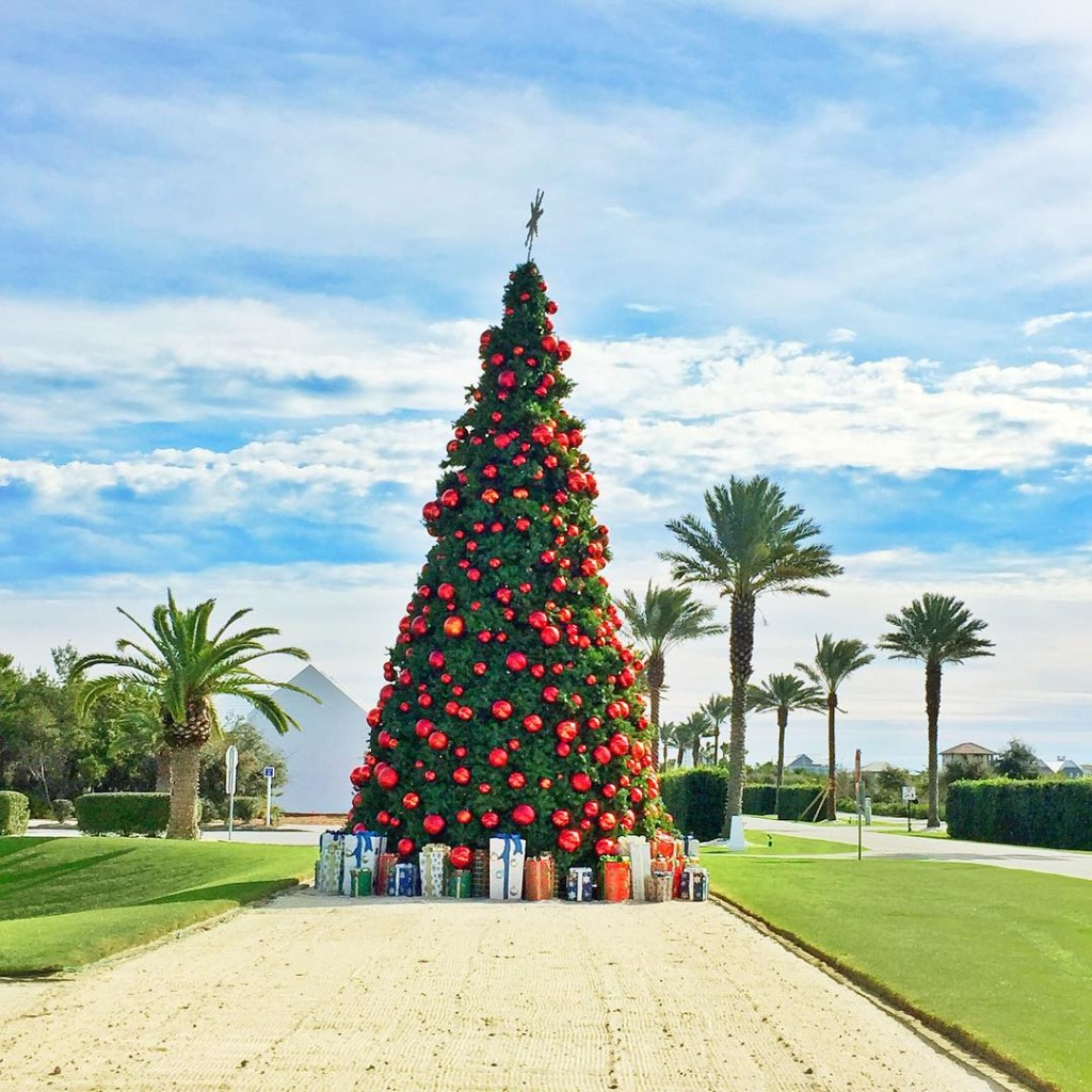 alys-beach-christmas-tree-30a