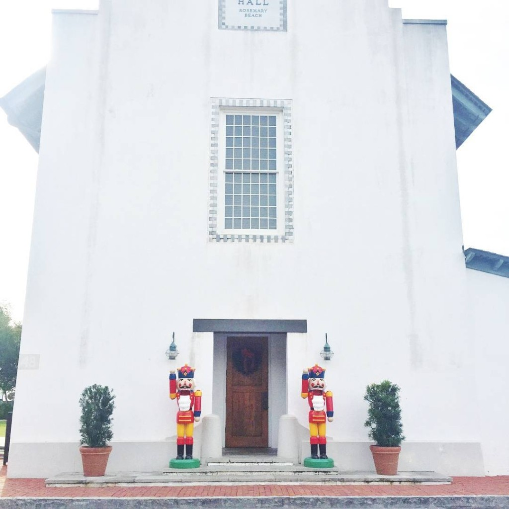 rosemary-beach-christmas-30a-town-hall_
