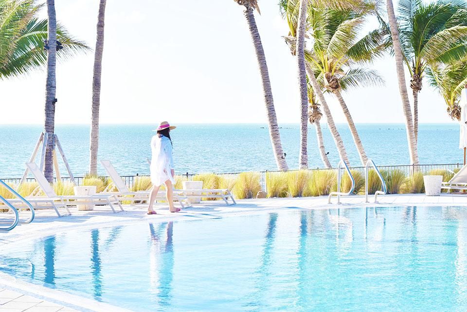 Amara Cay Resort - Islamorada - Florida Keys Pool Deck
