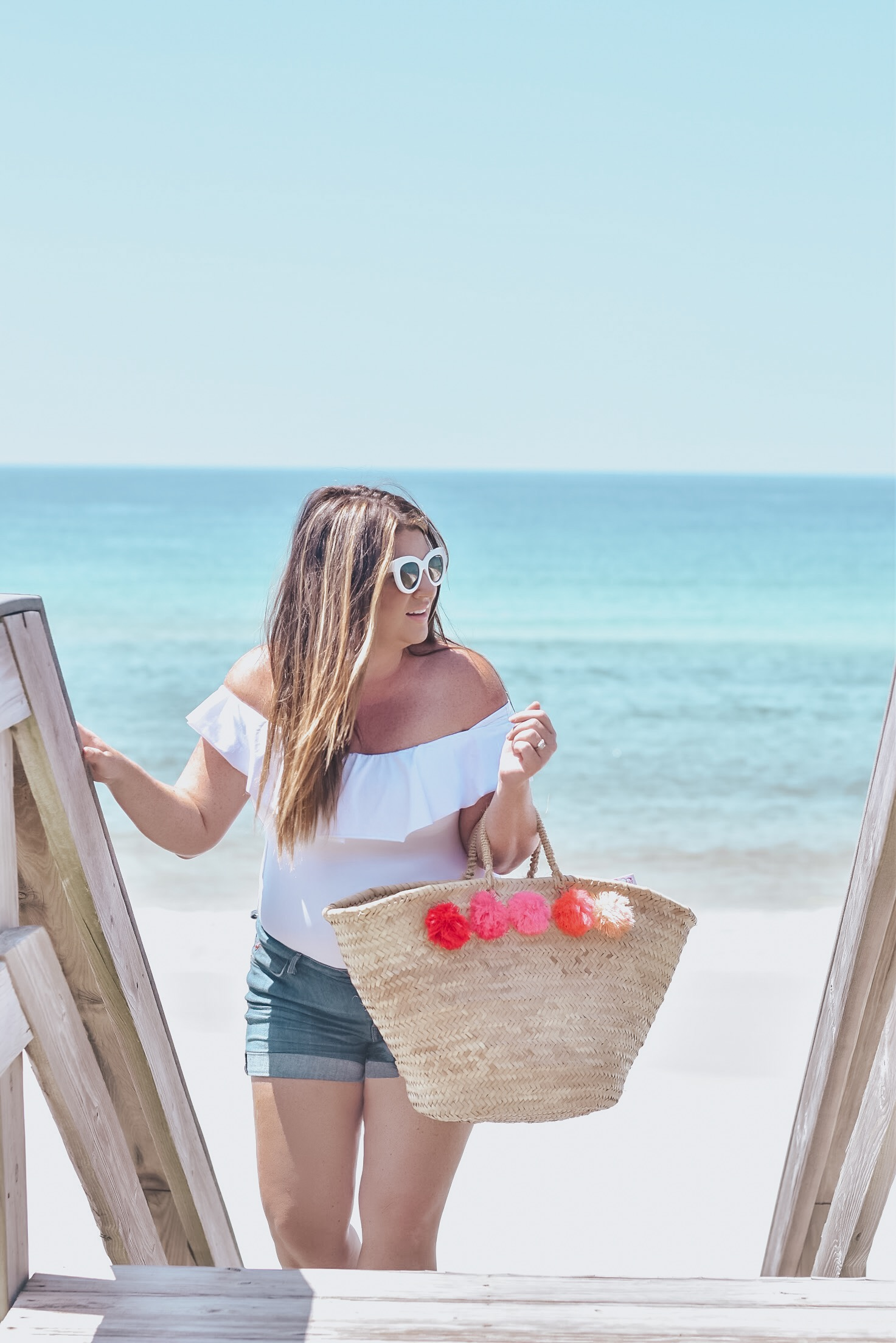 Keeping it Simple and Sunny with Playtex