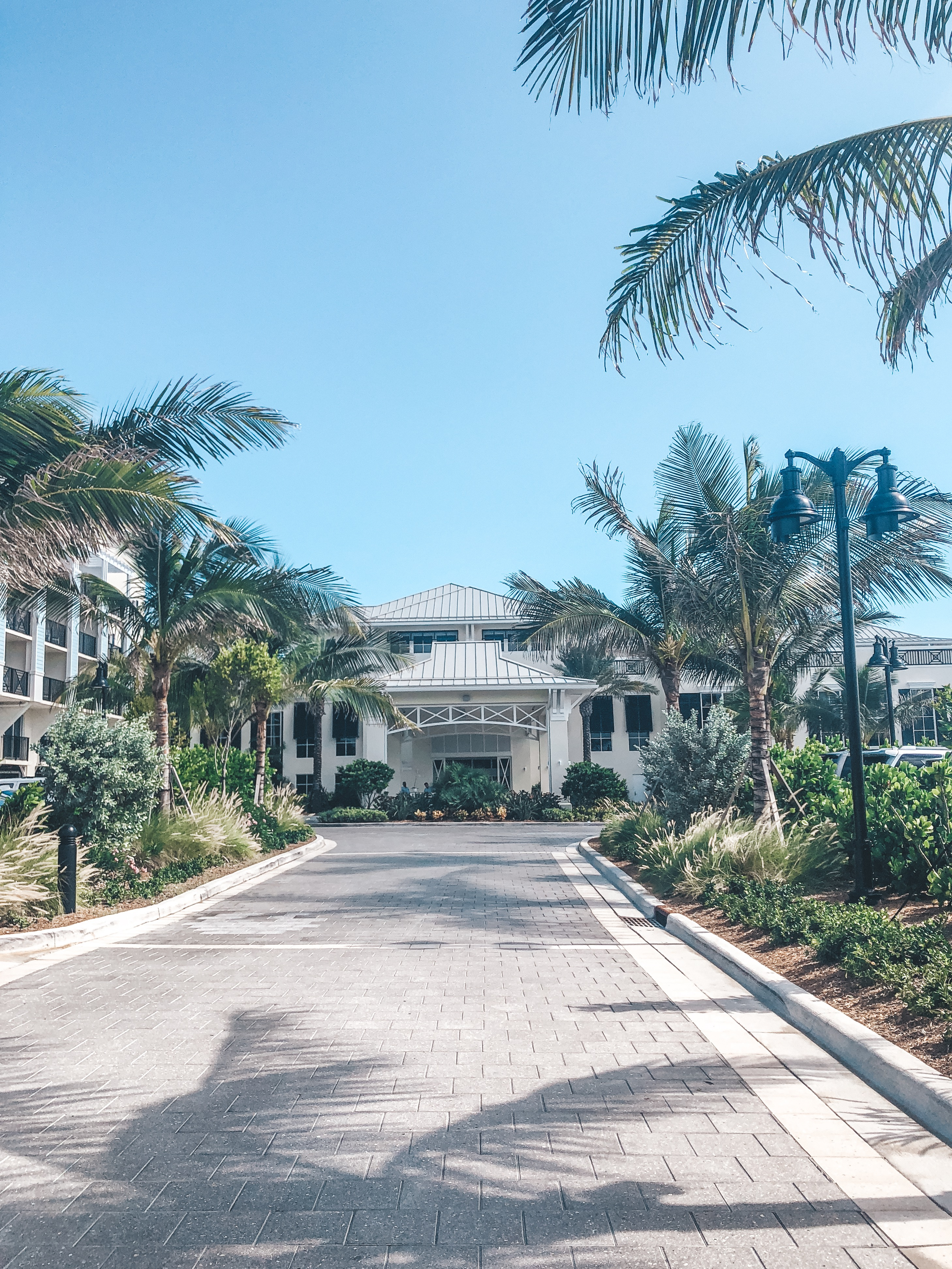 Hutchinson Shores - 30A Mama Travel - Hotel on Hutchinson Island
