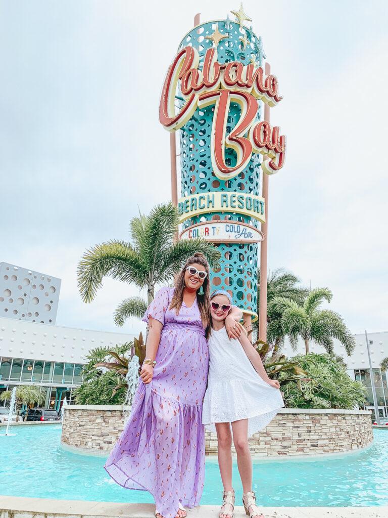 30A Mama Travel - Cabana Bay Universal Hotels Front