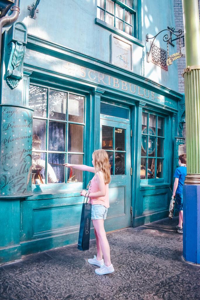 30A Mama Travel - Universal Wizarding World of Harry Potter - Scribbulus