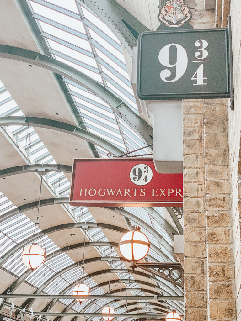 30A Mama Travels - Wizarding World of Harry Potter - Hogwarts Express